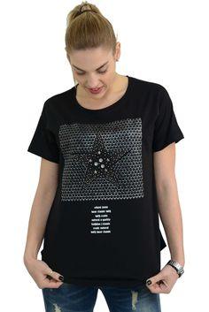 Γυναικείο t-shirt με κοντά μανίκια και στάμπα στρας σε άνετη γραμμή.Το ύφασμα του είναι εξαιρετικής ποιότητας ελαστικό βαμβάκι. Spring Summer 2016, T Shirts For Women, Mens Tops, Collection, Fashion, Moda, Fashion Styles, Fashion Illustrations, Fashion Models