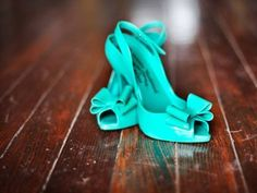 tiffany blue shoe-i love u