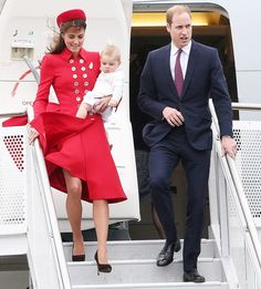 Kate Middleton, Prince William, Prince George Arrive in New Zealand: Picture