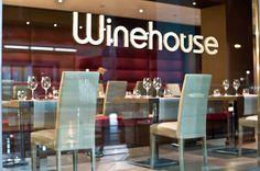 http://www.gnamgnamstyle.it/2015/03/14/winehouse-il-ristorante-alla-portata-di-tutti/