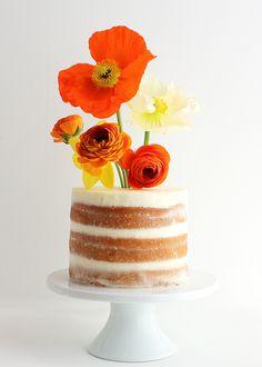 DIY: Flower Vase Cake