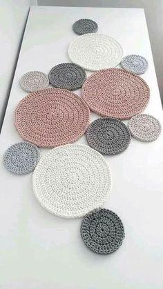 Best 11 Fractal Crochet pattern by Foxberryjam Best 11 Fractal . - Best 11 Fractal Crochet pattern by Foxberryjam Best 11 Fractal … - Crochet Diy, Crochet Amigurumi, Crochet Motifs, Crochet Home, Crochet Doilies, Crochet Stitches, Crochet Table Runner Pattern, Crochet Circles, Double Crochet