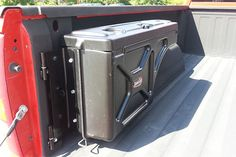 America's leading site for discount UnderCover Swing Case Truck Toolbox SC400D prices. Authorized dealer and 1-year lower price guarantee. Click or call 800-544-8778 today.