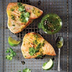 Learn to bake, broil, grill, pan sear or poach tuna steaks with five no-fail methods. steak recipe 5 Ways to Cook Perfect Tuna Steaks Baked Tuna Steaks, Pan Seared Tuna Steak, Ahi Tuna Steak Recipe, Marinade For Tuna Steaks, Recipe Marinade, Seared Ahi, Aioli Recipe, Fresh Tuna Recipes, Healthy Tuna Recipes