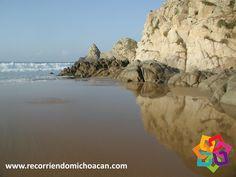 RECORRIENDO MICHOACÁN. A 190 km del municipio de Lázaro Cárdenas se encuentra la comunidad de La Llorona, llamada así por sus habitantes ya que al pisar la arena de la playa pareciera que llora, ya que los componentes del suelo están muy comprimidos, está rodeada del enormes formaciones rocosas, le invitamos a disfrutar de esta hermosa playa virgen en las costas de Michoacán. HOTEL FLORENCIA REGENCY http://www.florenciaregency.mx/
