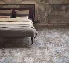 De #slaapkamer krijgt een stoere look met kamerbreed #Vintage #tapijt.