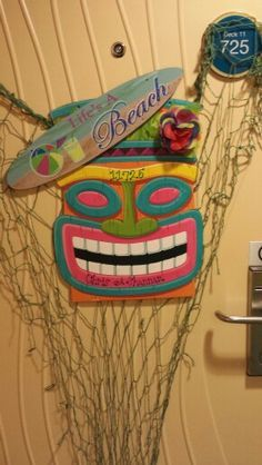 Decorate stateroom door | We're going on a CRUISE ...