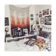 tumblr bedrooms ❤ liked on Polyvore featuring pictures and backgrounds