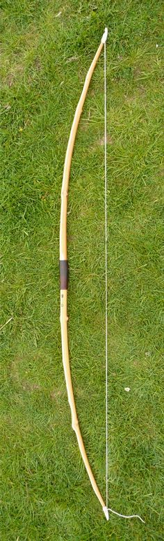 A lovely longbow made from English Yew with antler nocks and 225 year old leather for the grip. The whole story of its creation is interesting and well worth a read.