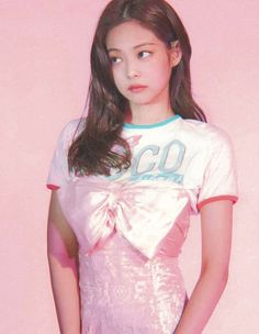 Twitter South Korean Girls, Korean Girl Groups, Picture Icon, Jennie Blackpink, Editing Pictures, Korean Singer, Photo Book, T Shirts For Women, Crop Tops