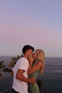 Cute Couples Photos, Cute Couple Pictures, Cute Couples Goals, Couple Goals, Relationship Goals Pictures, Cute Relationships, Boyfriend Goals, Future Boyfriend, Couple Tumblr