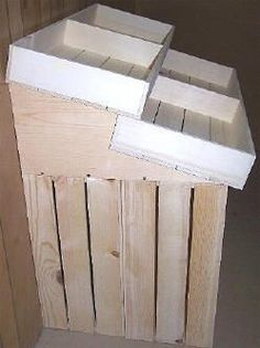 Perfect crates for farmers market  - Wooden Country 1/2 Barn Style  or Wall Hugger Store Floor Display - 39""