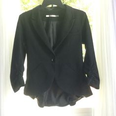 Black Gibson Jacket super cute jacket! has bunched up sleeves, never worn, nice inside lining. one button in the front. Offers Welcome✅ Gibson Jackets & Coats Blazers