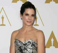 In Terrifying News, Sandra Bullock Came Face-To-Face With The Stalker Who Broke Into Her House - CRUSHABLE #SandraBullock
