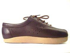 Ik moest ze hebben....... Ze waren helemaal in! Roots schoenen van Dr. Adams....