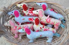 Dachshund sausage dog hanger, lavender-scented - free shipping to UK and Europe £9.00