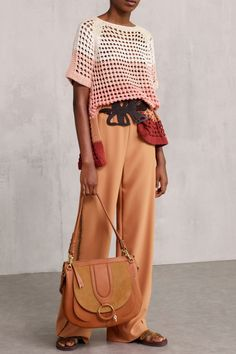 See by Chloé Spring 2018 Ready-to-Wear Fashion Show Collection Knitwear Fashion, Knit Fashion, Look Fashion, Trendy Fashion, Sweater Fashion, Fashion 2018, Fashion Week, Fashion Dresses, Mode Crochet