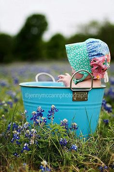 Lovely ♥ ♥ ♥OMYGOODNESS please someone have a baby girl and I can make this..lol