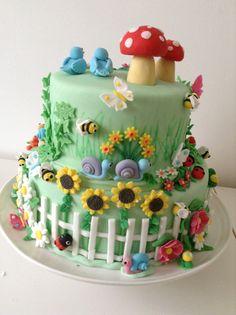 Fairy Birthday Cake, Baby Birthday Cakes, Fondant Cakes, Cupcake Cakes, Decors Pate A Sucre, Mushroom Cake, Bug Cake, Spring Cake, Fairy Cakes