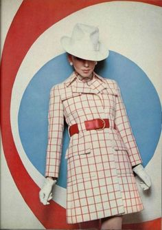 1968 fashion by Ted Lapidus Design from L'Officiel De La Mode. Un año antea de haber nacido yo.
