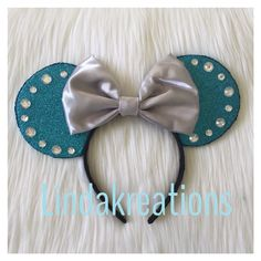 Cinderella inspired Minnie ears  sold at Lindakreations shop etsy followe me on instagram linda_kreations