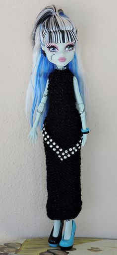Ravelry: Monster High dress 4 pattern by Diane Crutchley