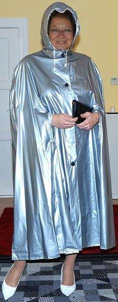 Hooded silver acpe