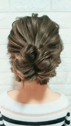 Hair Tutorials For Medium Hair, Medium Hair Styles, Curly Hair Styles, Medium Hair Updo, Updos For Medium Length Hair Tutorial, Easy Updos For Medium Hair, Easy Hairstyles For Long Hair, Up Hairstyles, Braided Hairstyles