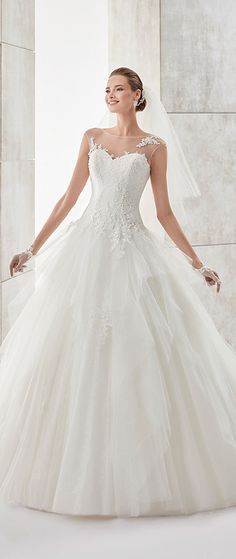 Marvelous Tulle & Satin Bateau Neckline A-Line Wedding Dresses With Beaded Lace Appliques