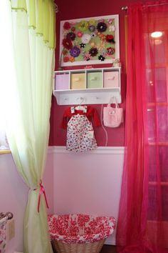 I love the hair clip board and the little shelf with canvas drawers! Got to remember this...