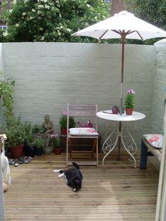 Decked courtyard garden