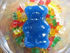 Almost Unschoolers: Giant Homemade Gummy Bears