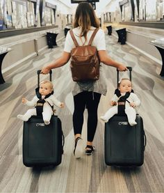 Double trouble on the go… travel in style with the bag rider, the best traveling stroller you will ever find! Double trouble on the go… travel in style with the bag rider, the best traveling stroller you will ever find! mommy carrying twin babies on s So Cute Baby, Baby Kind, Cute Kids, Cute Babies, Funny Babies, Cute Family, Family Goals, Happy Family, Family Life