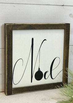 Lovely NOEL Christmas Sign with ornament Christmas Signs, All Things Christmas, Winter Christmas, Christmas Holidays, Christmas Decorations, Christmas Wood, Holiday Signs, Spring Crafts, Christmas Projects