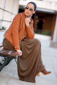 falda larga marron & cazadora cuero marron - camel