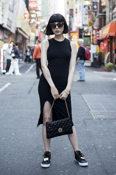 Samantha Mariko: Oversize Modern Bold Flat Lens Cat Eye Sunglasses A167