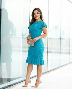 Modest Dresses, Pretty Dresses, Casual Dresses, Fashion Dresses, Blue Lace Midi Dress, Lace Dress With Sleeves, Vestidos Color Vino, Circle Skirt Pattern, Western Dresses
