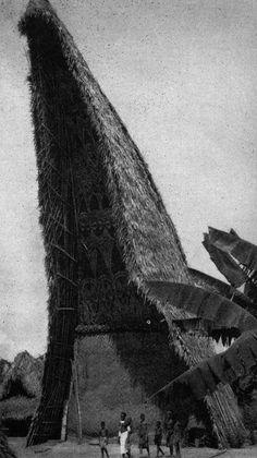 archiveofaffinities:  Abelam Tambaran House, Maprik District, Papa New Guinea