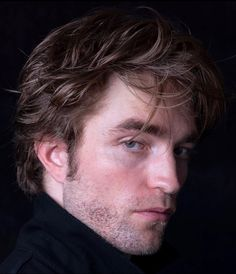 Twilight Edward, Robert Douglas, Love Film, Edward Cullen, Most Handsome Men, Hot Actors, Cultura Pop, Robert Pattinson, Baby Daddy