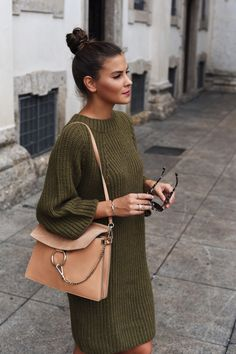 Perfect knitted dress for fall season.
