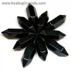 Black Onyx ~ deflects all negative energies ~ replenishes our oxygen and restores vitality ¤♥¤