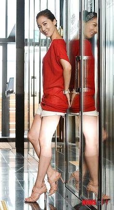 Lee So Yeon, Korean Beauty, Photo Galleries, Bodycon Dress, High Neck Dress, Actresses, Female, Gallery, Drama