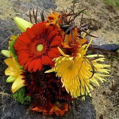 fall marriage bouquets