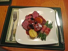 Leg of lamb - recipes Roasting Times, Roasting Pan, Candied Carrots, Lamb Recipes, Wooden Spoons, Beef, Stuffed Peppers, Fresh, Chicken