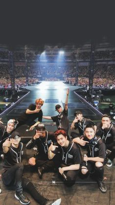 L for EXOL and LOVE