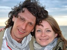 """Martin """"Martino"""" und ich beim Abendspaziergang an der Strandpromenade von Westerland auf Sylt."""
