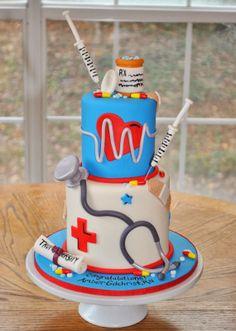 superbe cake pour une infirmière,,,