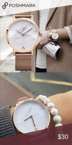 Trendy large face wristwatch RItem Type:Quartz  WristwatchesCase Shape:Round Band Material Type:Mesh belt Band Width:17 Feature:Shock Resistant,None Gender:Women Style:Fashion & Casual Band Length:24.5 Case Thickness:8.8 Clasp Type:Buckle Case Material:Alloy Movement:Quartz Water ResistanceDepth:No waterproof Dial Diameter:3.8 Dial Window Material Type:Glass Band With:20mm to 29mm Band Width:1.7cm Type:Wristwatches Dial Material Type:Alloy Condition:New without tags Dial Display:Analog Farah…