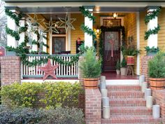 Festive Ways to Boost Your Home's Holiday Curb Appeal | Holiday Decorating and Entertaining Ideas & How-Tos | HGTV