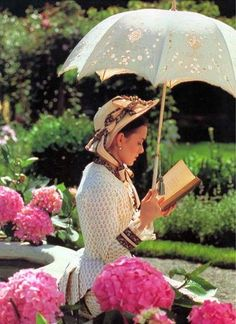 Winona Ryder reading. The Age of Innocence (1993).